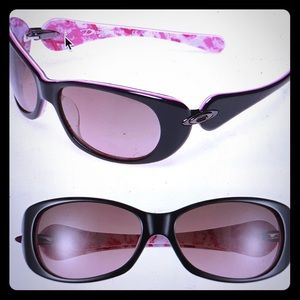 Oakley Women Sunglasses, Breast Cancer Awareness